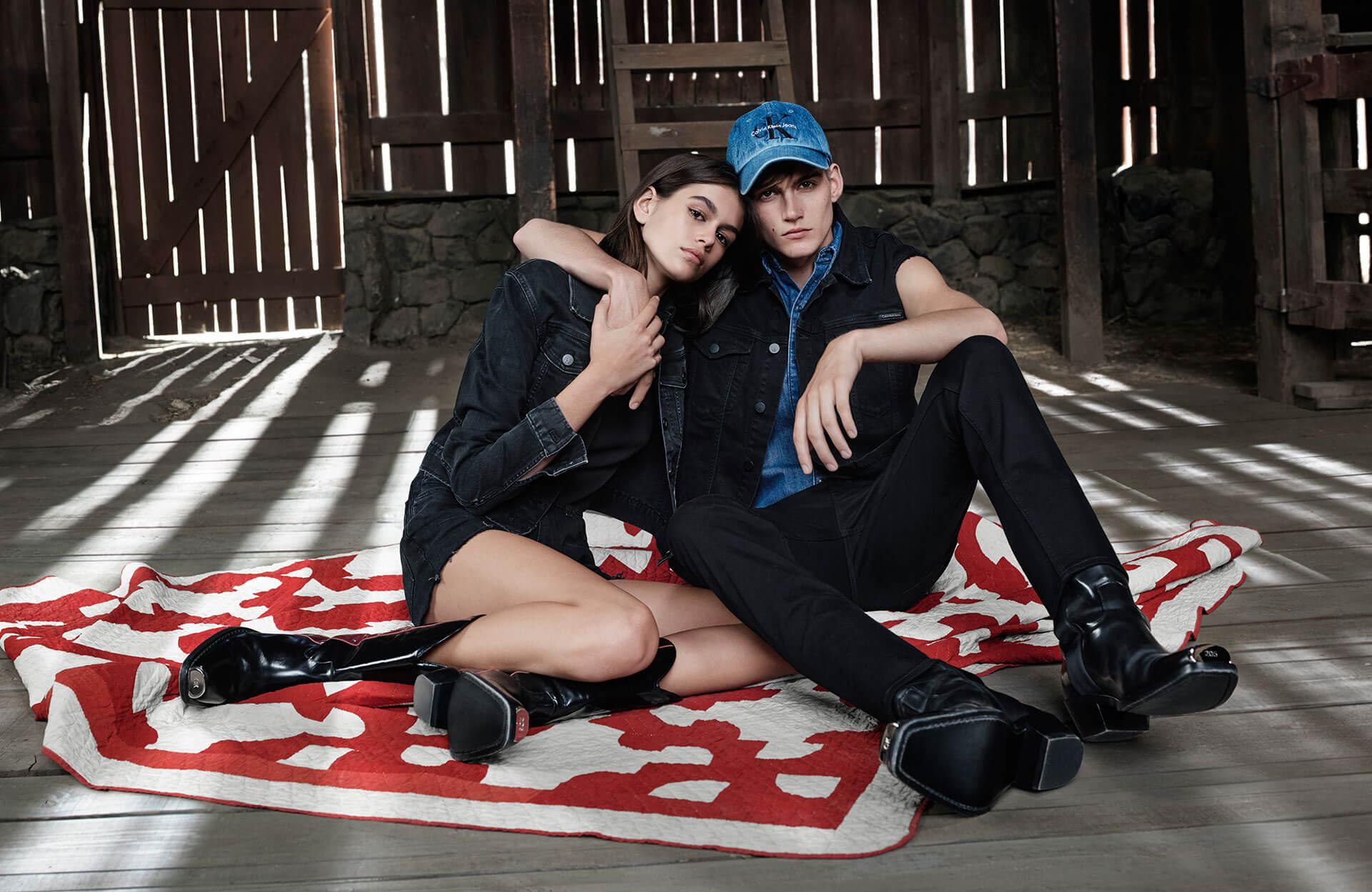 Кайя и Пресли Гербер снялись в рекламной кампании Calvin Klein-320x180
