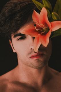 Как понять, что ваш мужчина — нарцисс