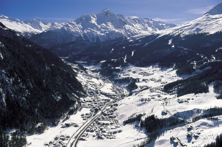 На подъеме: лучшие горнолыжные курорты-320x180