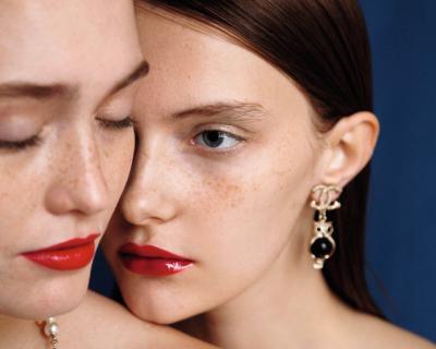 Трендовый макияж в эксклюзивной съемке Сhanel для Marie Claire Украина-430x480