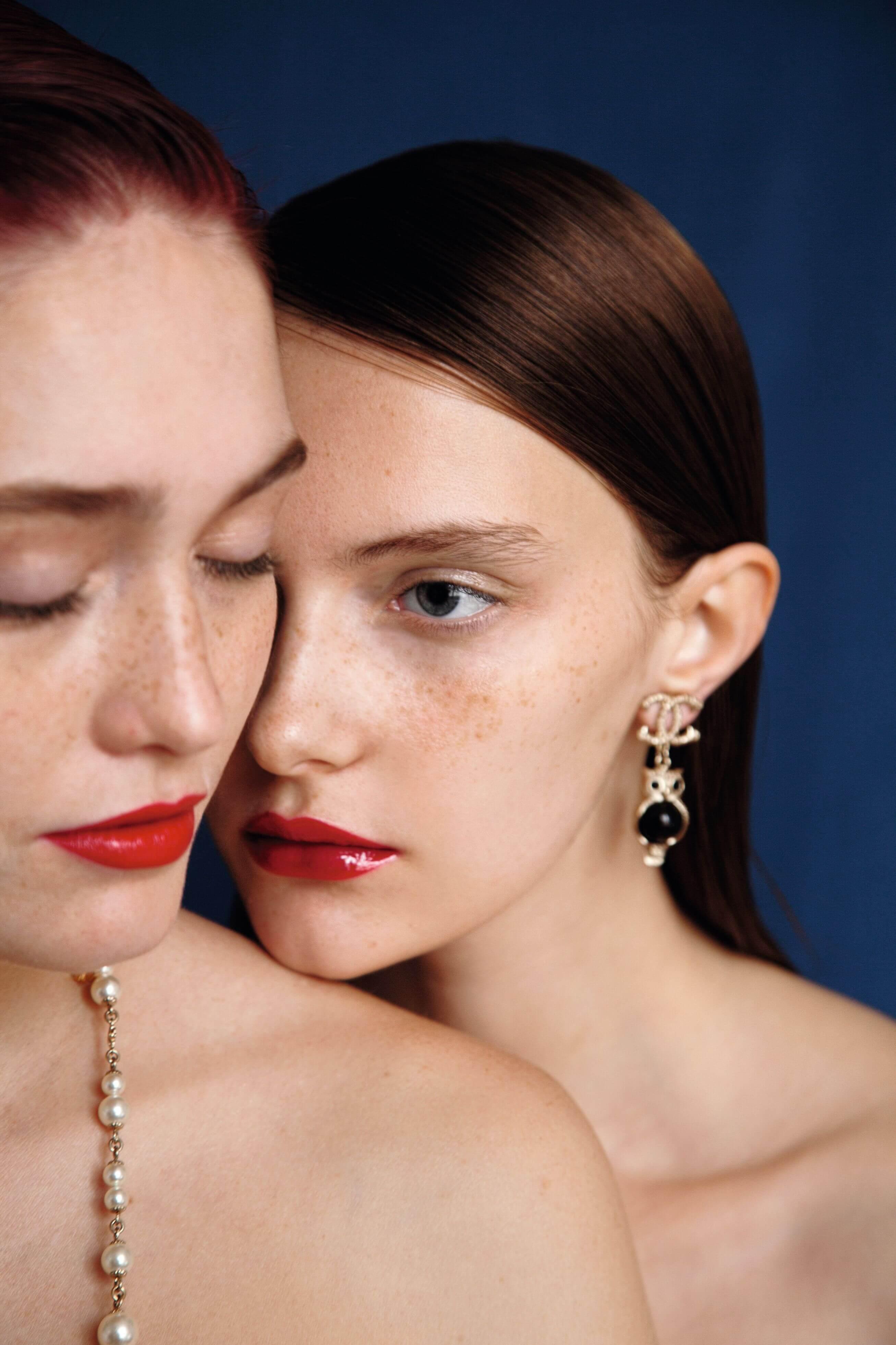 Трендовый макияж в эксклюзивной съемке Сhanel для Marie Claire Украина-320x180
