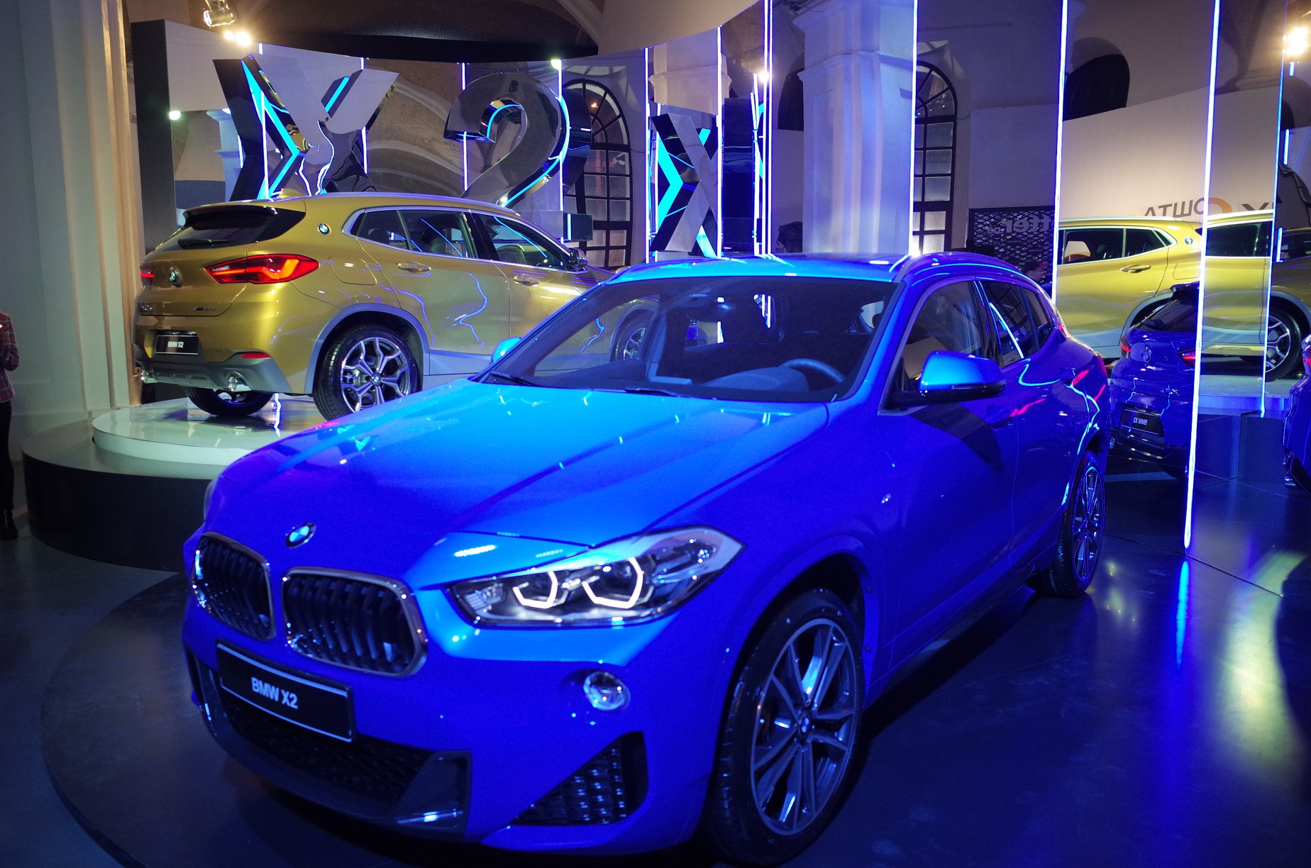 BMW X2 стал официальным автомобилем недели моды прет-а-порте Ukrainian Fashion Week-Фото 3