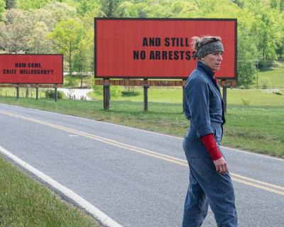 Три билборда на границе Лондона: активистки привлекли внимание к проблеме приемом из фильма-430x480