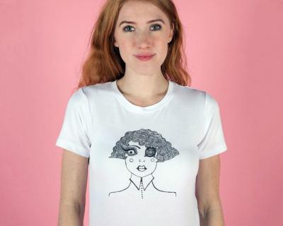 Дочка Николь Кидман выпустила коллекцию футболок-430x480