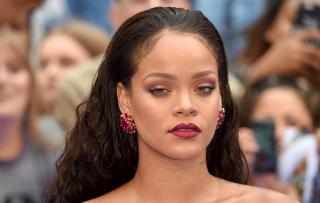 Дженнифер Энистон, Рианна и другие звезды рассказали, как ухаживают за волосами