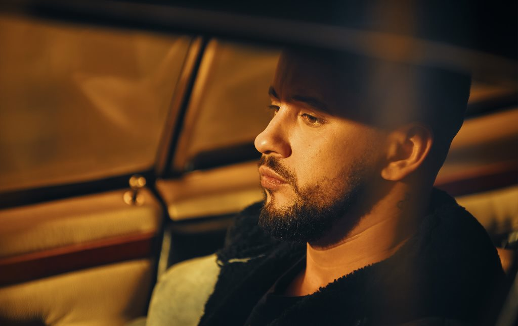 MONATIK выпустил клип на песню «То, от чего без ума»-320x180