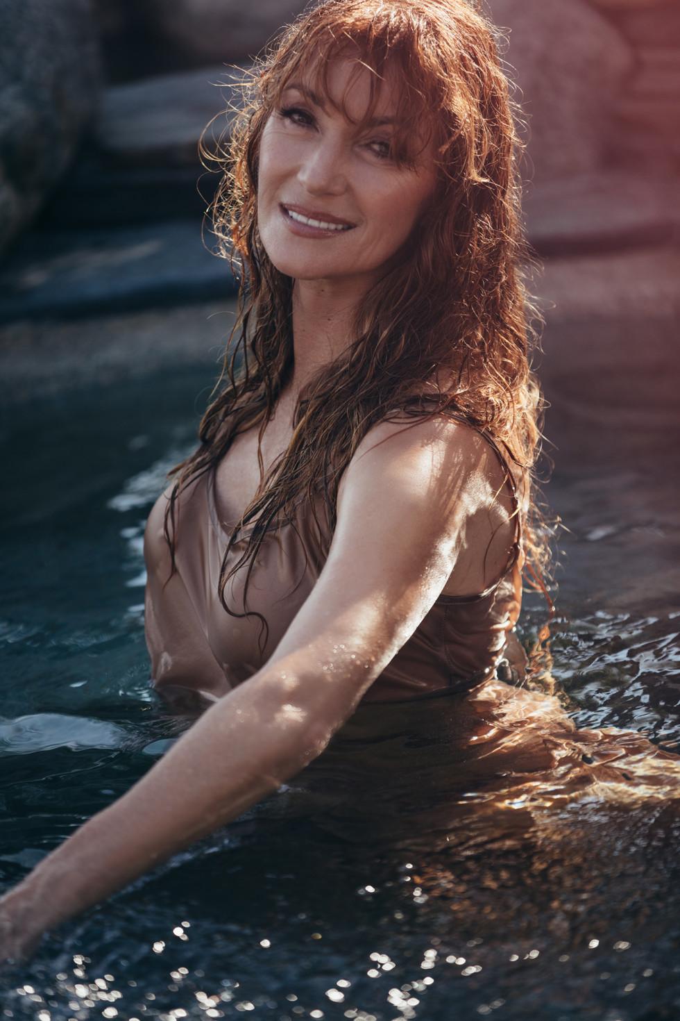 67-летняя актриса Джейн Сеймур снялась для Playboy-Фото 8