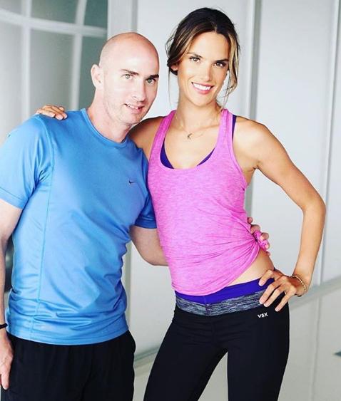 Тренер моделей Victoria's Secret рассказал, как быстро похудеть без голода-320x180