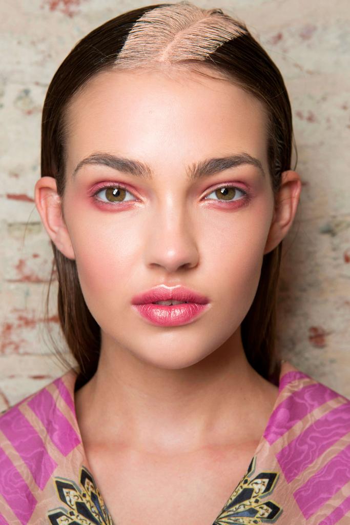 Розовые смоуки: модный тренд сезона весна-лето 2018 фото