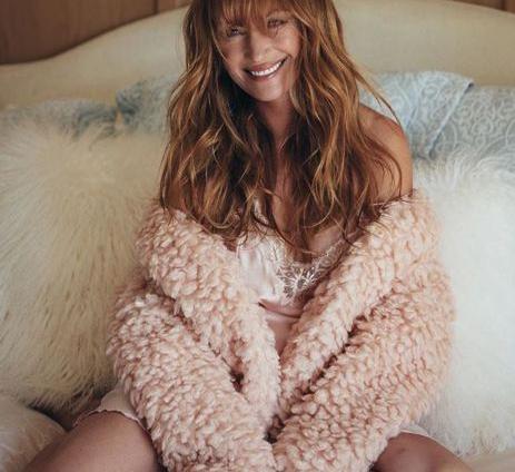 67-летняя актриса Джейн Сеймур снялась для Playboy