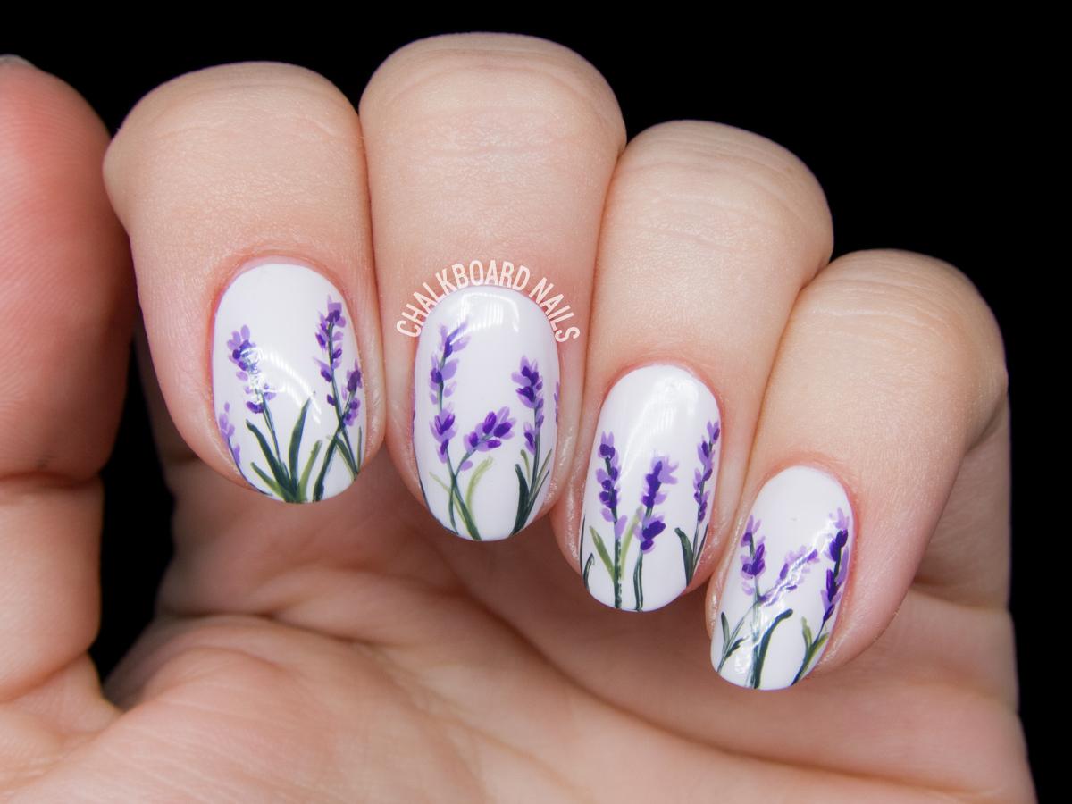 https://marieclaire.ua/wp-content/uploads/2018/02/lavender-blossom-floral-nail-art-2.jpg