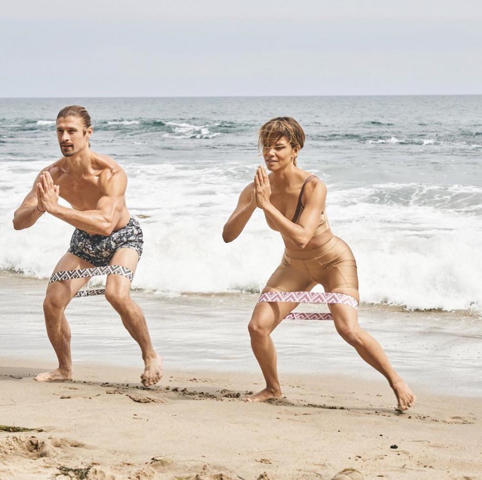 Как тренируется и питается Холли Берри-Фото 1