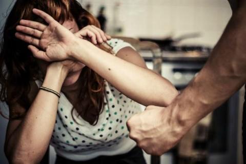 Насилие женщин в семье феминизм