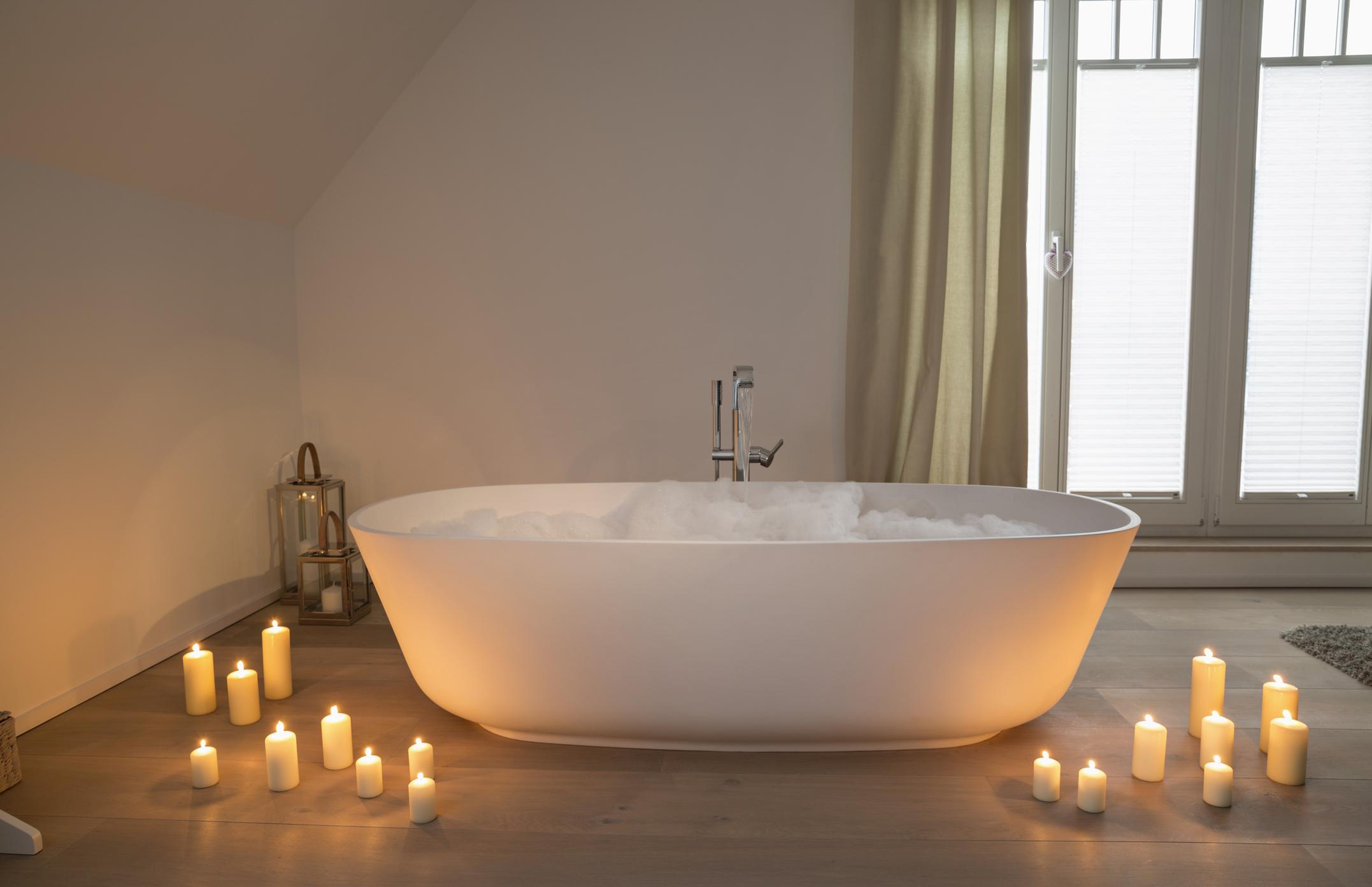 7 причин, почему горячая ванна лучше душа-Фото 3