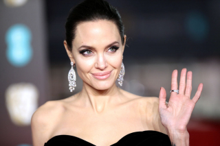 Анджелина Джоли фото 2018