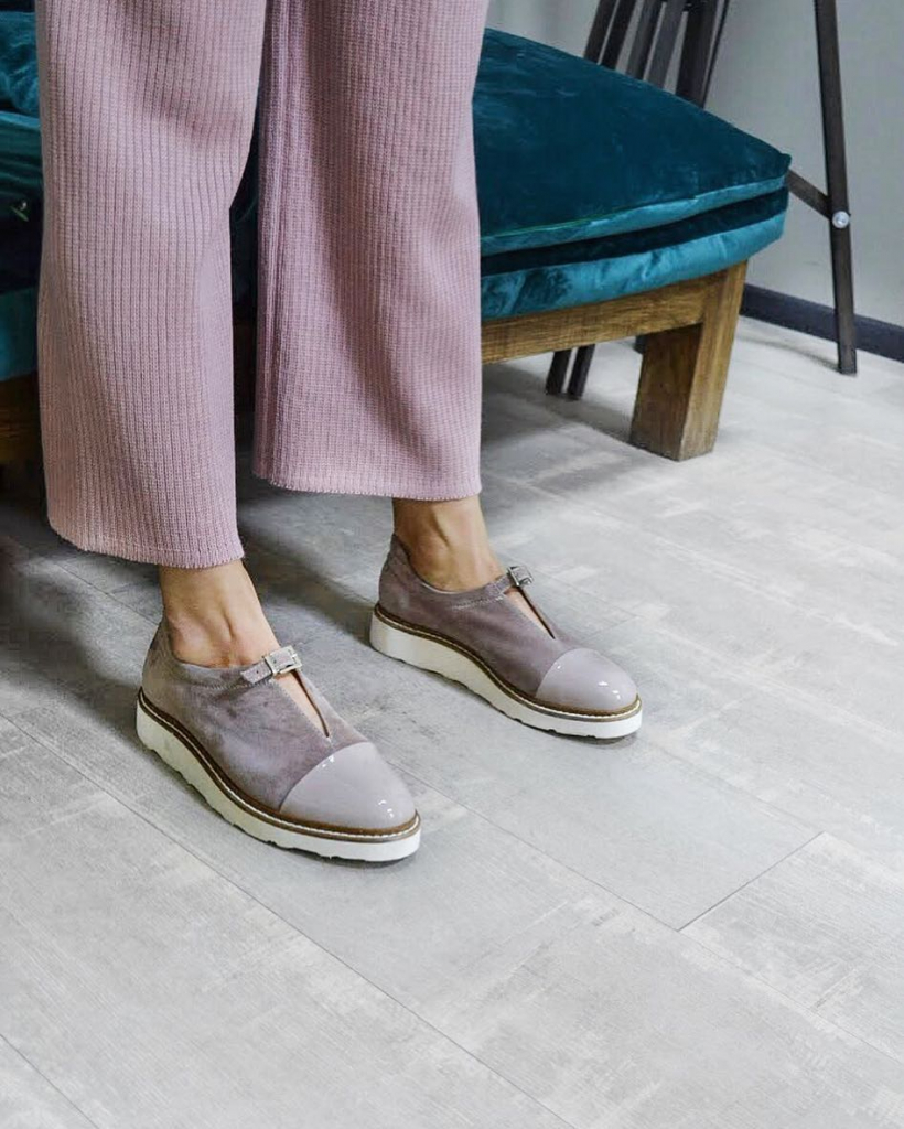 Te-shoes