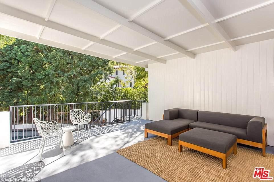 Как в раю: Ди Каприо купил дом Моби в Лос-Анджелесе-Фото 12