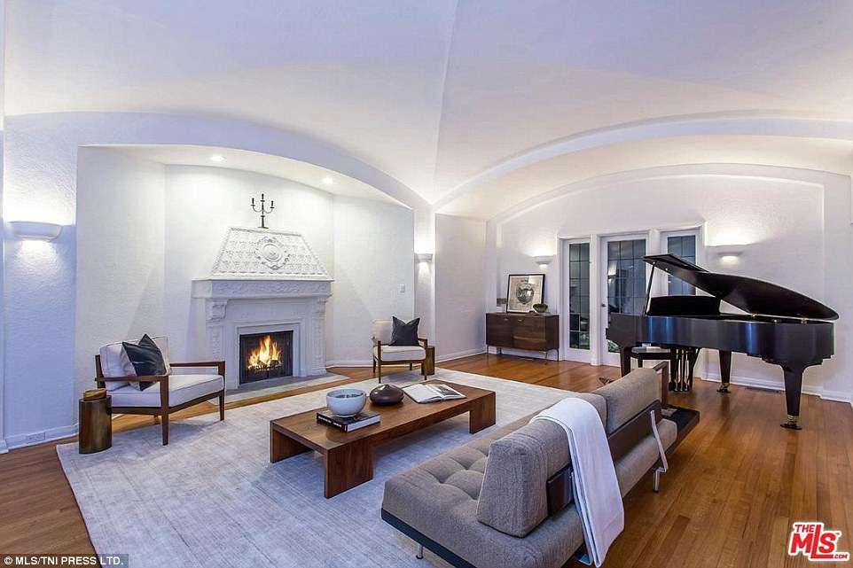 Как в раю: Ди Каприо купил дом Моби в Лос-Анджелесе-Фото 2