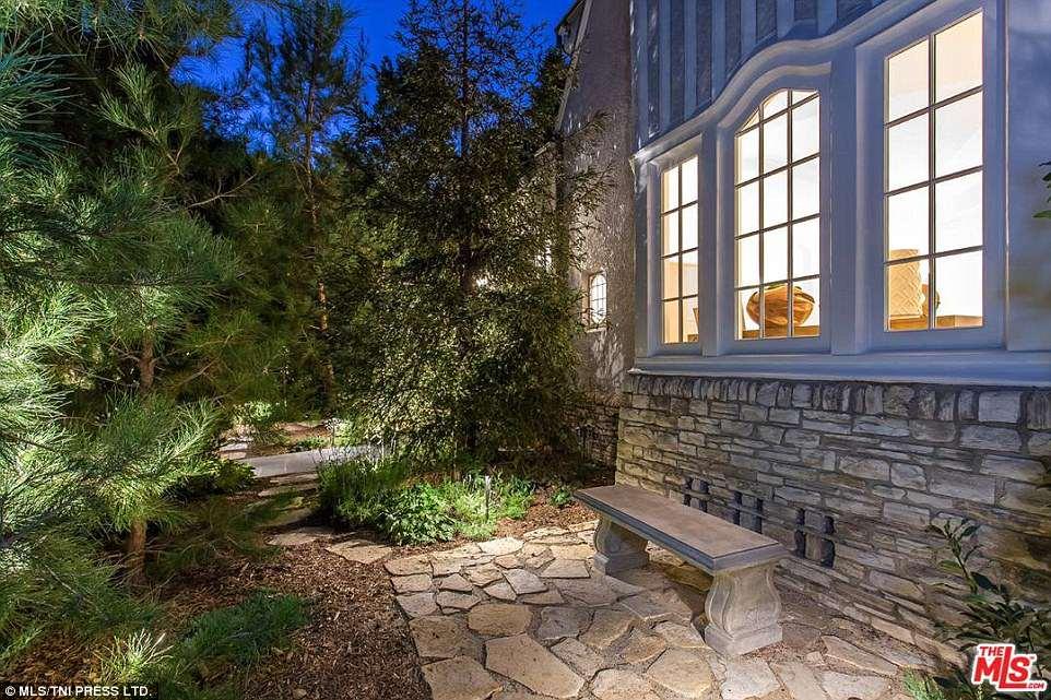 Как в раю: Ди Каприо купил дом Моби в Лос-Анджелесе-Фото 14