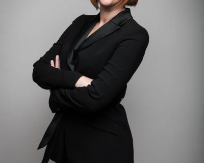 Франческа Джонсон: «Для меня нет ничего более поднимающего настроение, чем новый наряд!»-430x480
