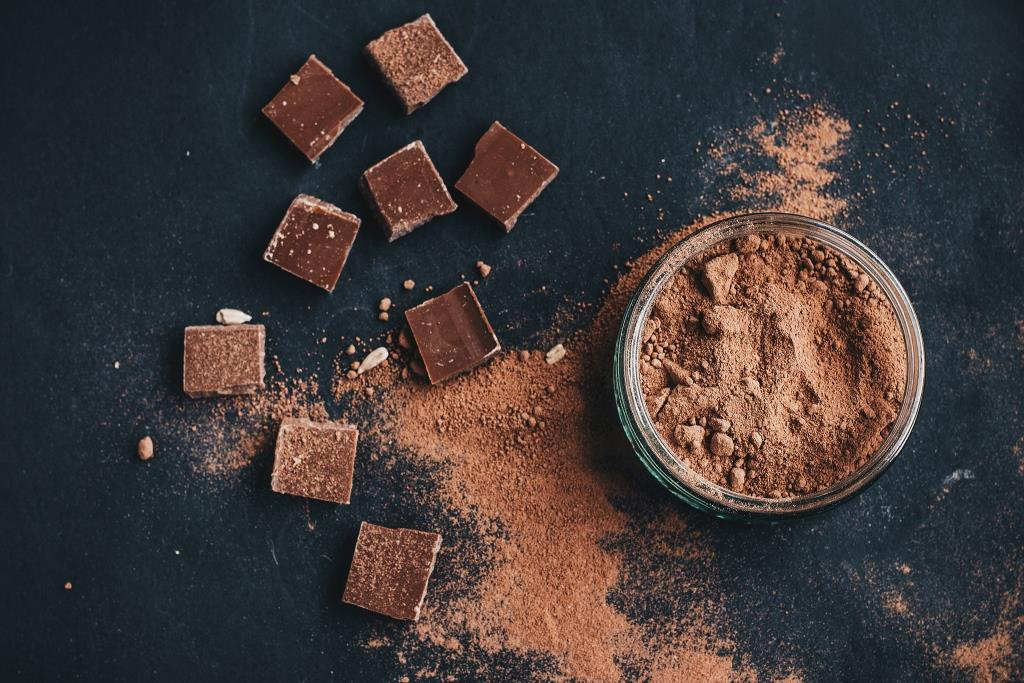 5 причин, почему шоколад полезен для здоровья-320x180