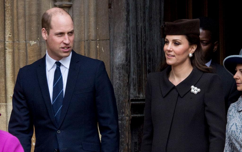 СМИ: Принц Уильям случайно раскрыл пол будущего ребенка-320x180