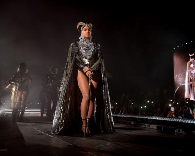 Яркое возвращение: Бейонсе выступила на Coachella с сестрой и Destiny's Child-430x480