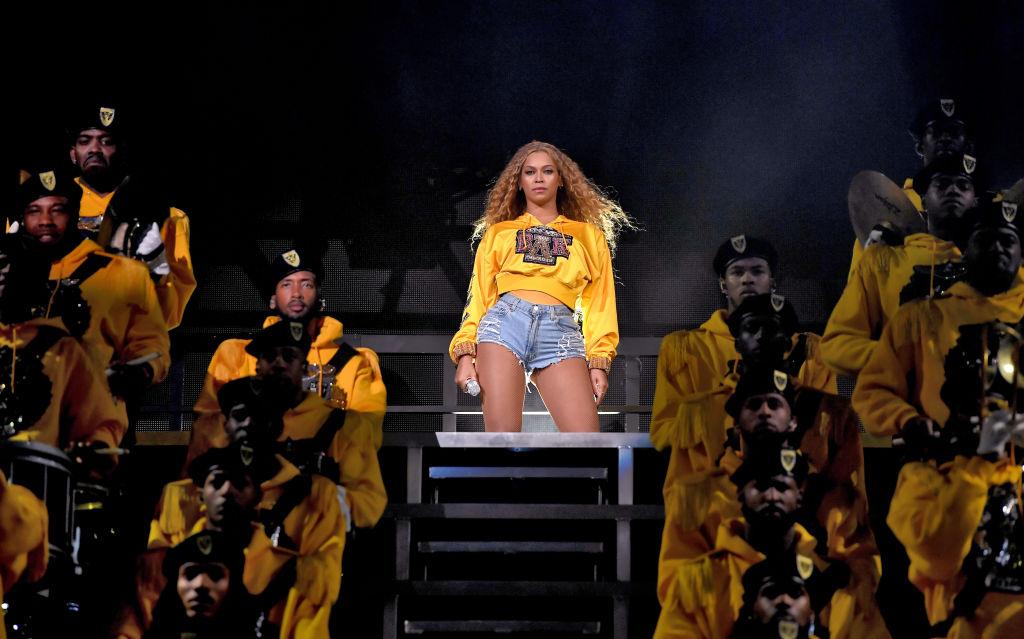 Яркое возвращение: Бейонсе выступила на Coachella с сестрой и Destiny's Child-Фото 2