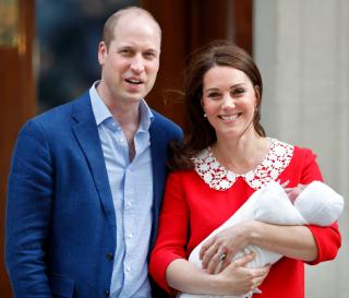 Кейт Миддлтон и принц Уильям назвали имя новорожденного малыша