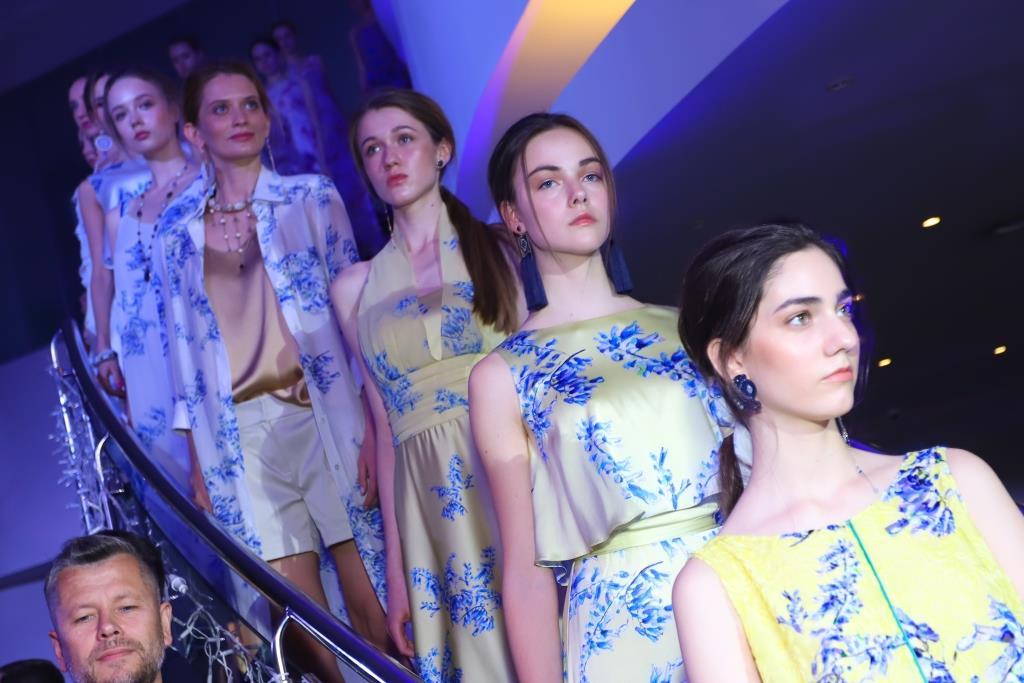 Women Power: В Киеве состоялся показ капсульной коллекции одежды Couture de Fleur-Фото 1