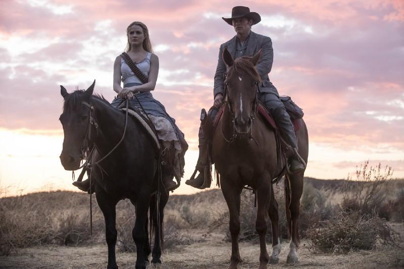 Чего ждать от второго сезона «Мир Дикого Запада»: Первые отзывы-320x180