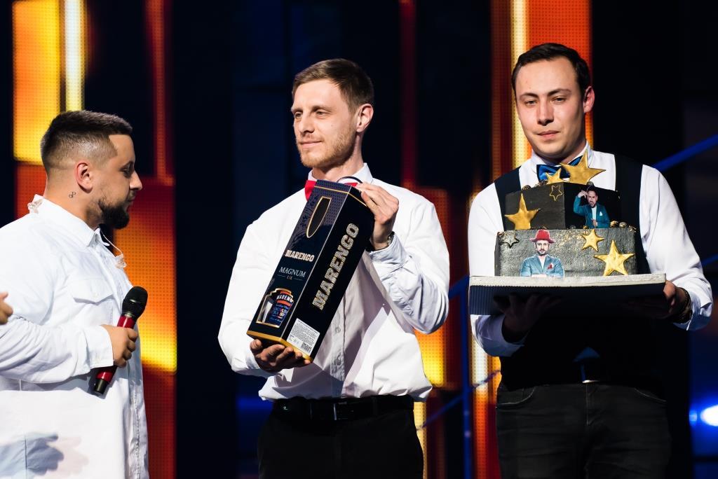 Вечер премьер с Катей Осадчей: Тина Кароль и ее мужчина мечты, MONATIK и праздничный торт-Фото 3