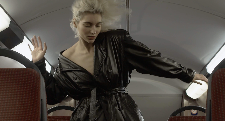 Парижский андеграунд в новом клипе MARU «Коли ти є»-320x180