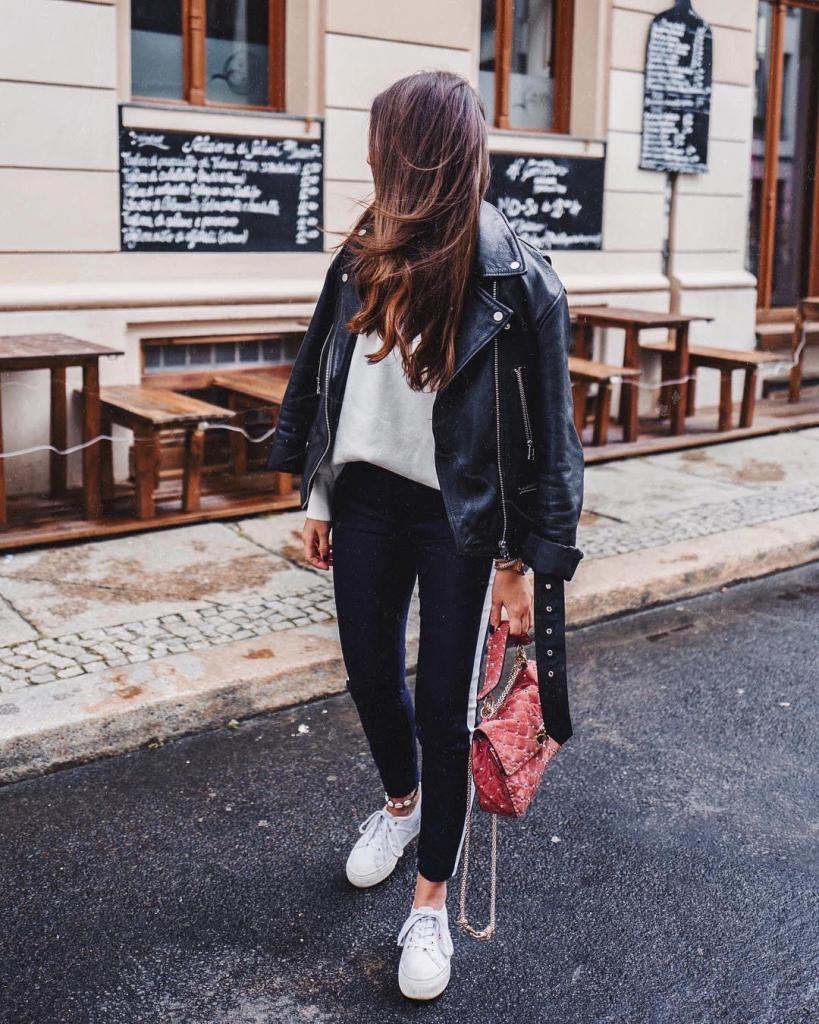 0d479e7c4 Look на каждый день: модные образы с белыми кроссовками