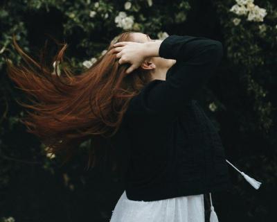 15 причин выпадения волос-430x480