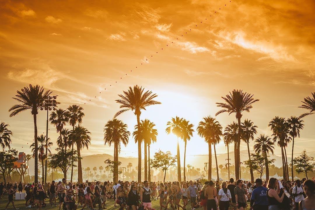 Что нужно знать о фестивале Coachella?-320x180