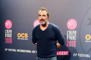 Французский актер Жан Дюжарден женился на фигуристке