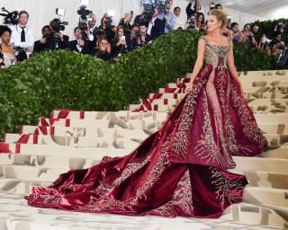 Met Gala 2018: самые яркие образы с красной дорожки
