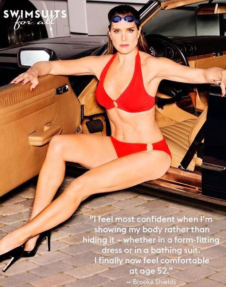 52-летняя Брук Шилдс в рекламе купальников-320x180