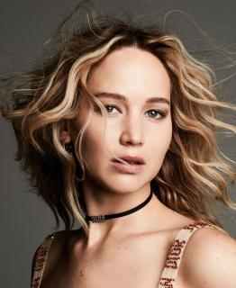 Дженнифер Лоуренс стала лицом нового парфюма Dior