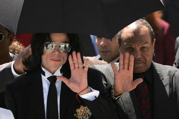 Умер 89-летний отец Майкла Джексона-Фото 3