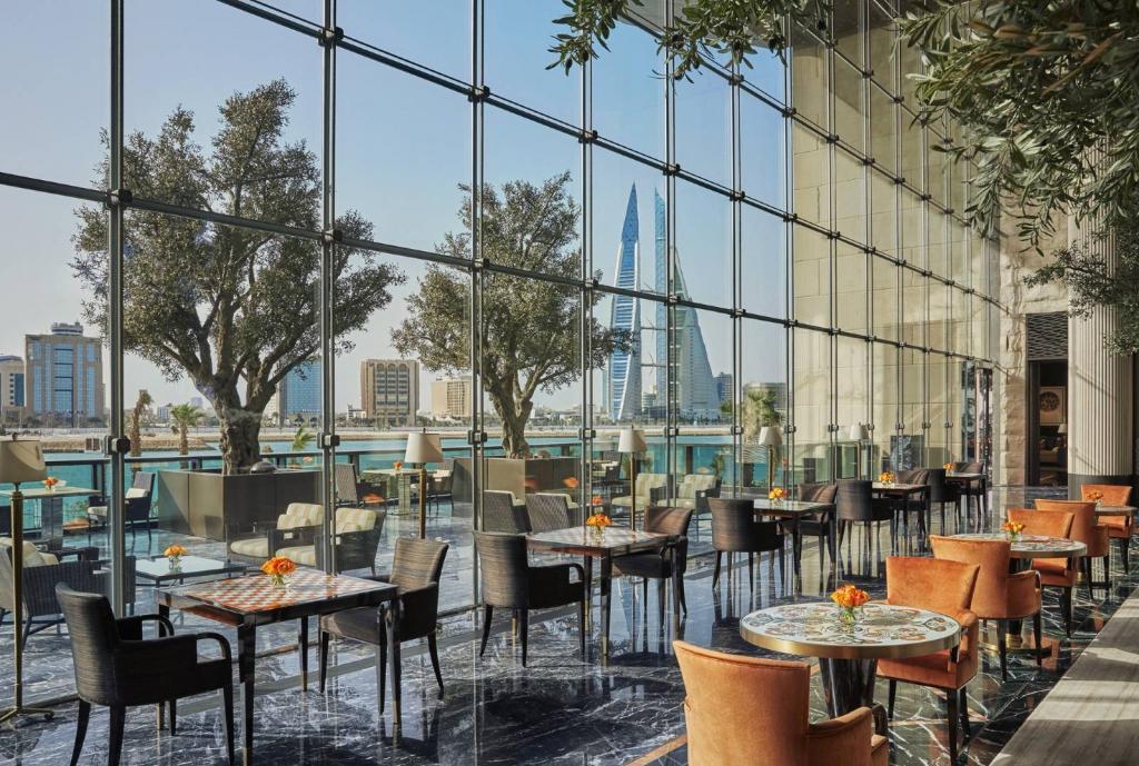 Four Seasons Hotel Bahrain Bay объявил об открытии собственного пляжа-Фото 4