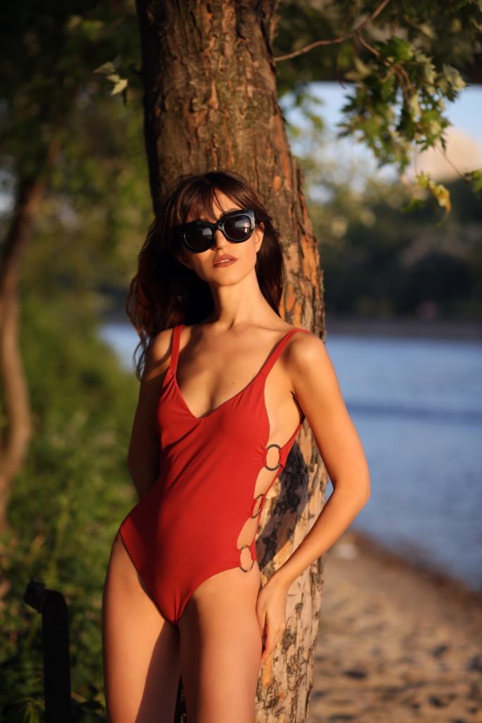 Украинские блогеры в лучших купальниках сезона-Фото 1