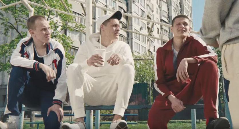 Гай Ричи в Киеве снял клип к Чемпионату мира по футболу 2018-Фото 1