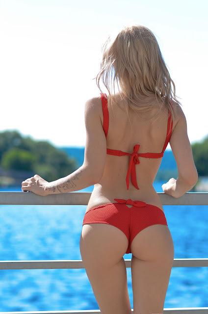 Украинские блогеры в лучших купальниках сезона-Фото 4