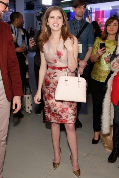 Риз Уизерспун, Кейт Миддлтон и другие звезды в нарядах от Кейт Спейд-Фото 8