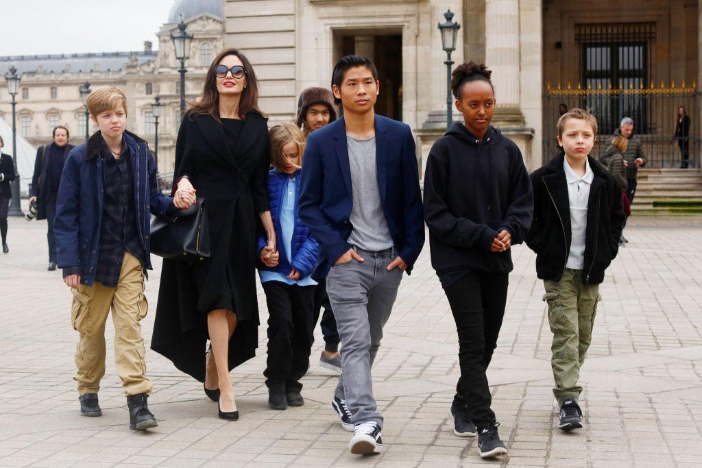 Анджелина Джоли может потерять опеку над детьми-Фото 1