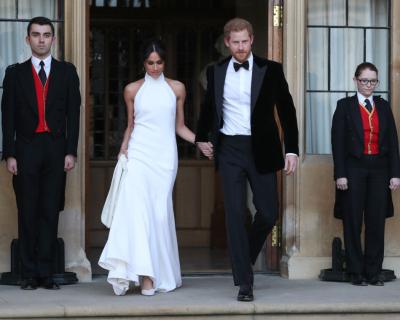 Стелла Маккартни выпустила коллекцию «копий» свадебного платья Меган Маркл-430x480