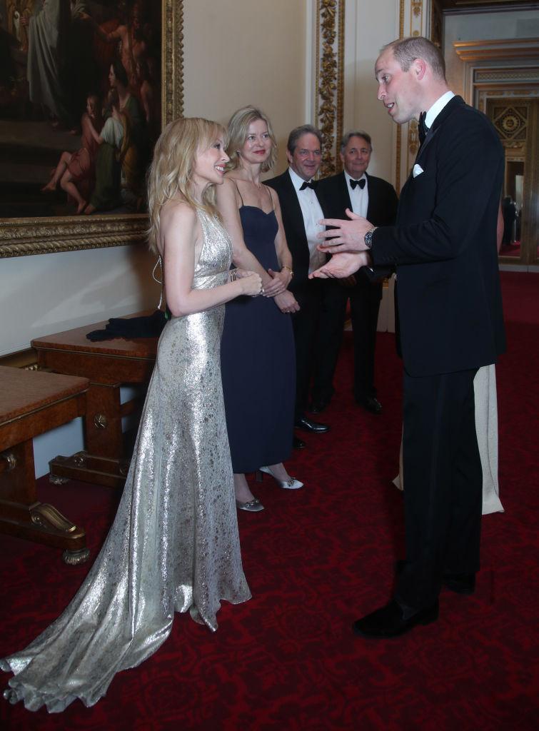 Кайли Миноуг стала почетной гостьей Букенгемского дворца-Фото 2