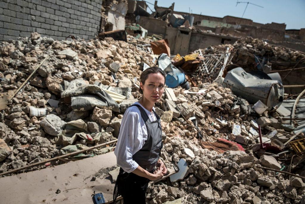 Анджелина Джоли посетила Ирак: «Люди здесь потеряли все»-Фото 1